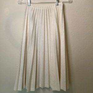 Beige pleated skirt size small